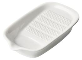 Fackelmann Ingwerreibe, Reibe aus Keramik für Ingwer und Knoblauch, Gewürzreibe mit Antirutschfüßen (Farbe: Creme), Menge: 1 Stück - 1